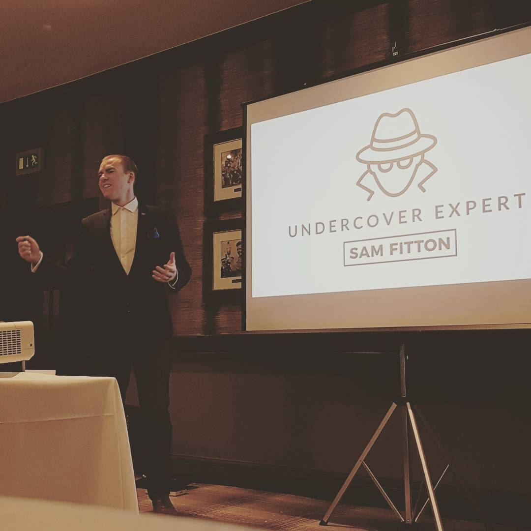 sam fitton the keynote speaker presenting at corporate event